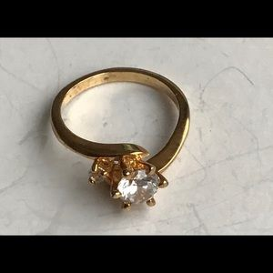 Women Vintage Ring Gold Band Single Rhinestone